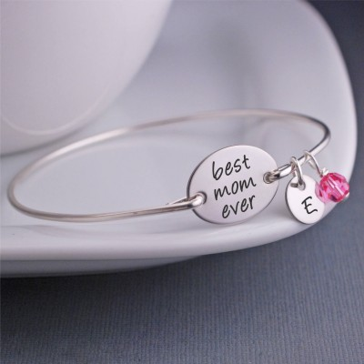 Christmas Jewelry Gift, Christmas Gift for Mom, Custom Engraved Silver Bangle Bracelet, Bracelet with Kids Initials