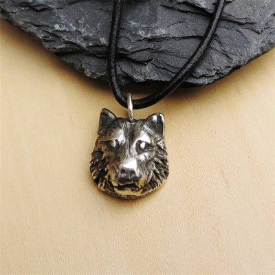 Silver Wolf Head Necklace - Crafted By Birthstone Design™